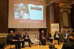 Un libro documentario per Papa Francesco a Molfetta. Ieri la presentazione