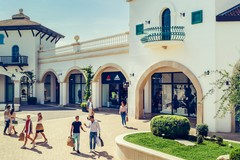 Puglia Outlet Village di Molfetta Official Supplier della tappa salentina dell'Italian Pro Tour di golf
