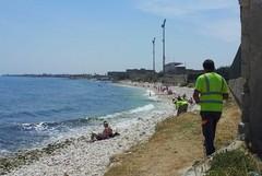 Sigarette e plastica sulle spiagge di Molfetta: niente divieti al momento