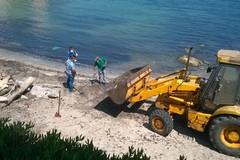 Prosegue la pulizia delle spiagge