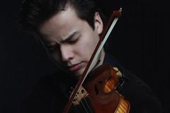 Il violinista Roman Kim in concerto a Molfetta per la Fondazione Valente