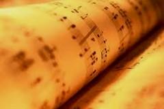 A Molfetta prima assoluta dell'orchestra Vincenzo Maria Valente e  i Solisti del mare