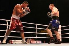 Boxe, Squeo troppo forte per Ovidiu Enache