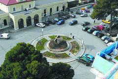 Piazza Aldo Moro: pulizia straordinaria il 29 agosto