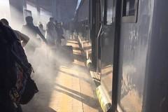 Disagi alla stazione di Molfetta, pendolari evacuati da un Regionale