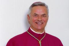 Mons.Cornacchia socio onorario dell'Associazione Molfettesi nel Mondo