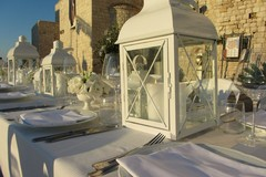 Molfetta En Blanc presenta i primi tavoli e svela premi e giuria