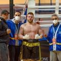 Boxe, una vittoria per la leggenda: la prima serie aspetta Squeo