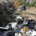Discarica di rifiuti sulla vecchia provinciale Corato-Molfetta