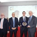 """L'arbitro molfettese Giovanni Ayroldi vince il premio  """"Luca Colosimo """""""