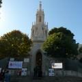Dai proventi di un calendario i fondi per l'acquisto di nuove croci al monumento del Calvario