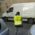 Le prime operatrici al lavoro per i cantieri di servizio
