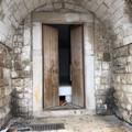 Palazzo Dogana accessibile: porta spalancata, ma a chi? LE FOTO