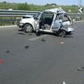 Terribile incidente sulla 16 bis: morto un 81enne. Traffico in tilt - LE FOTO
