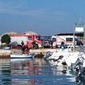 Incendio su una barca nel porto di Molfetta. Ma è una esercitazione della Capitaneria