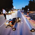 Sbalzata dalla sella della moto, 46enne in prognosi riservata