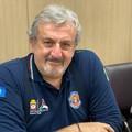 La proposta di Emiliano: «Vaccino subito ai docenti per una scuola sicura»