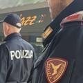 Spruzzano spray urticante, treno bloccato a Molfetta