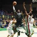 Il basket dei giganti nel Puglia Outlet Village!