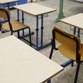 Covid, il piano della Regione Puglia per le scuole: più tamponi e vaccino subito ai docenti
