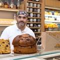 Olio, vincotto e fichi freschi: così Molfetta vende i panettoni in tutta Italia
