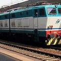 Disavventura per un gruppo di pendolari sulla tratta Molfetta-Bari