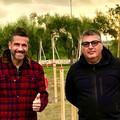 Il conduttore tv Edoardo Stoppa al dog park di Molfetta