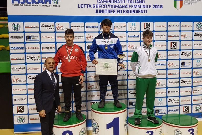 Giuseppe Sgherza sul podio