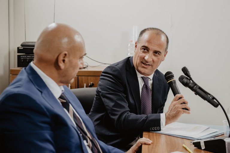 Il Presidente de Ceglia con il Rettore Uricchio. <span>Foto Valentina Fotografia</span>