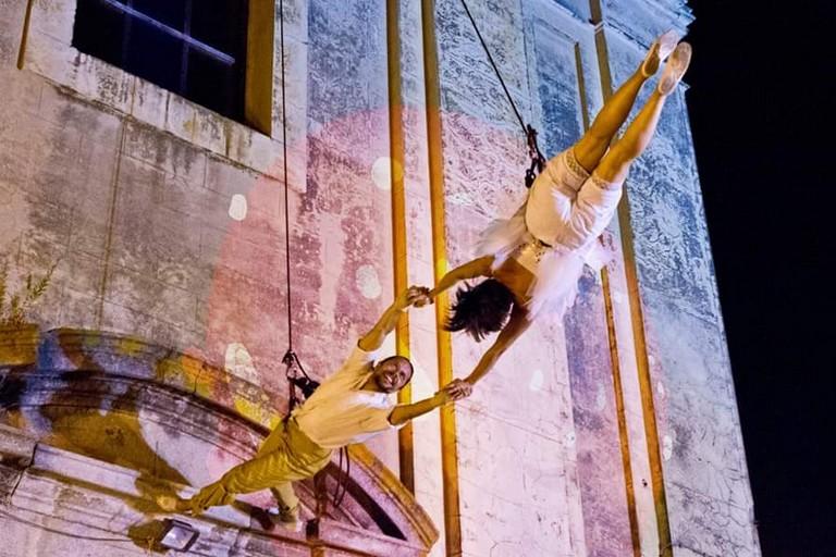 Sabato 23 e domenica 24 settembre a Molfetta spettacolo di danza aerea acrobatica e tanto altro...