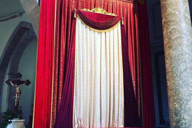 Trono Madonna dei Martiri. <span>Foto Comitato Feste Patronali </span>