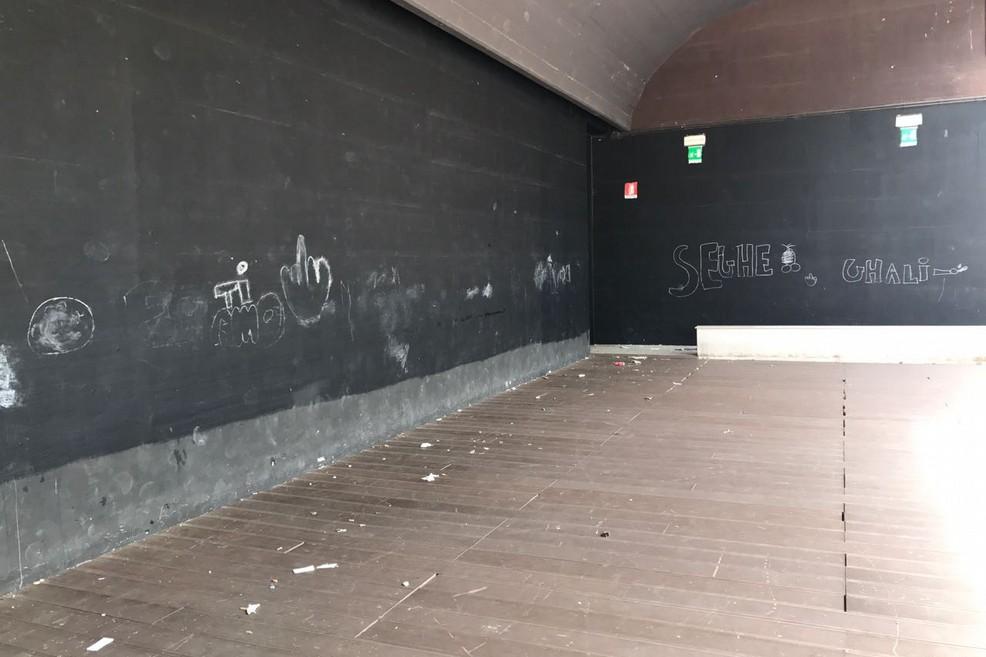 Vandalismo all'Anfiteatro di Ponente