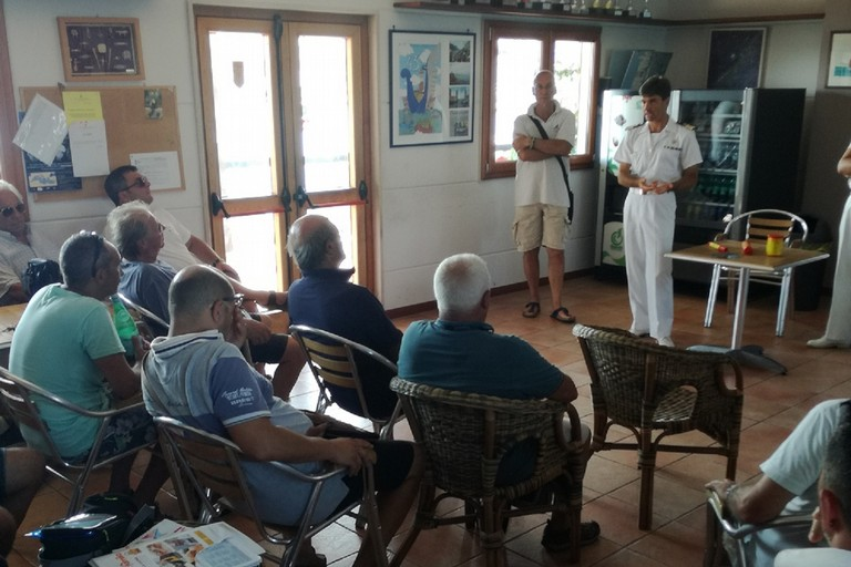 La Guardia Costiera incontra i diportisti di Molfetta