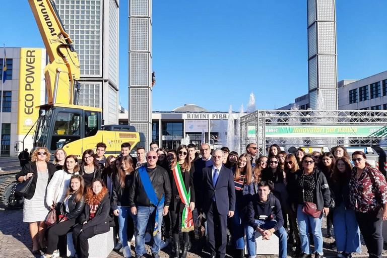 Gabriella Azzollini e la delegazione di Molfetta