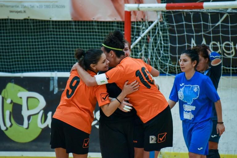 Esultanza gol de Bari