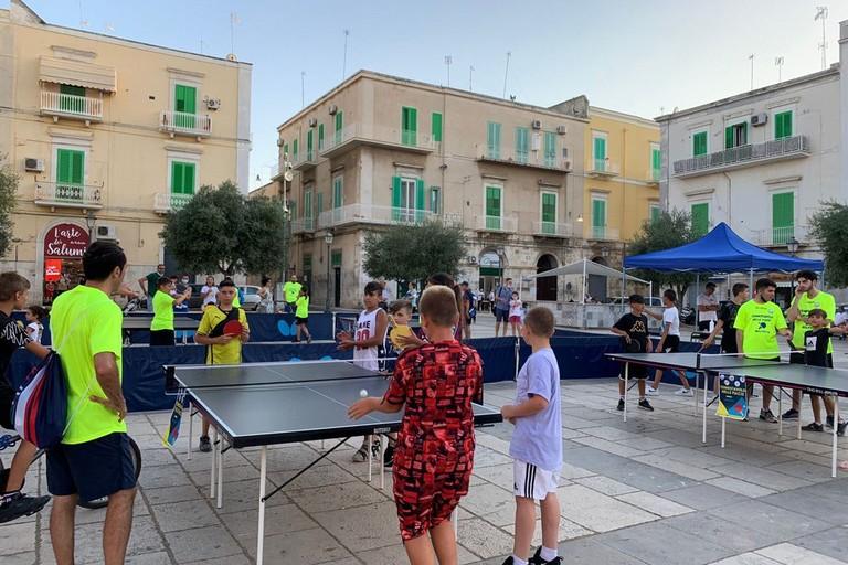 Tennistavolo in piazza