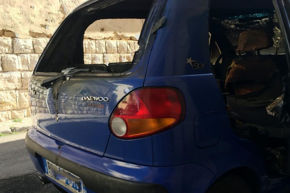 Ancora un inferno di fuoco: in fumo una Daewoo Matiz