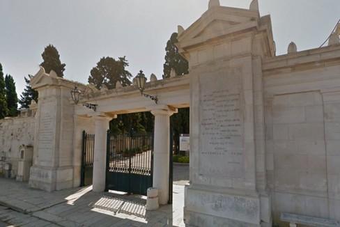 ingresso cimitero Molfetta