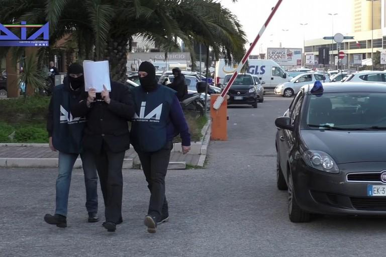 Gli arresti della Direzione Investigativa Antimafia