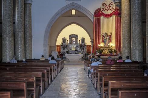 Molfetta prega con la Madonna dei Martiri