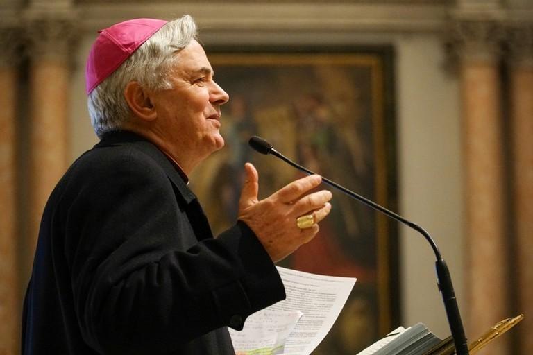 Il Vescovo di Molfetta agli studenti: «Siate cattedre di umanità!»