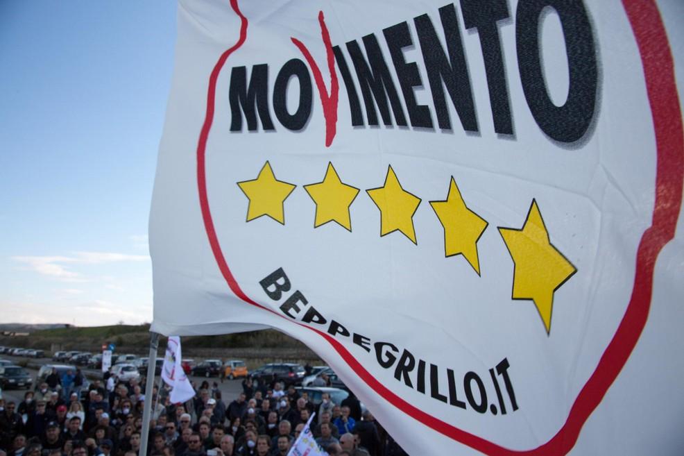 Il movimento 5 stelle a molfetta chi sono e cosa vogliono for Movimento 5 stelle parlamento oggi
