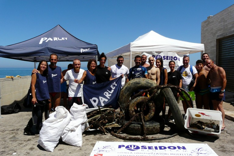 Parley for the Oceans - Poseidon Blue Team - Osservatorio del mare Molfetta
