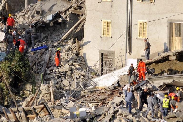 """L'I.C. """"Manzoni - Poli"""" di Molfetta lunedì in visita agli alunni colpiti dal terremoto"""