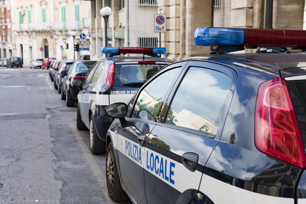 Polizia municipale - Molfetta (Foto Vincenzo Bisceglie)
